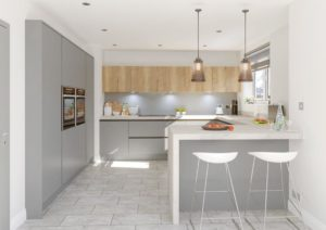 Aspen Super Matt Dust Grey and Natura Natural Halifax Oak