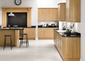 Fairford Oak Main Kitchen